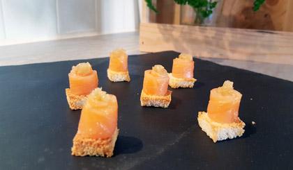 Bouchées au saumon fumé et citron caviar